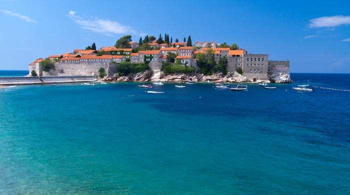Montenegro, Adriatic coast, Bay of Budva, Sveti Stefan peninsula, the fortified village of Stefan-Svesti transformed into a luxury hotel