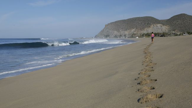 Todos-Santos-beach1